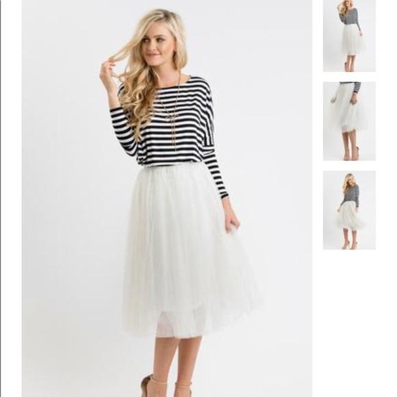 c34a1f3996 Esley Dresses   Skirts - Morning Lavender White Tulle Midi Skirt